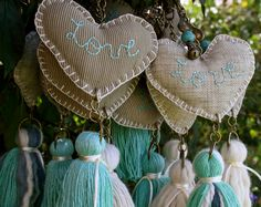 Hearts and tassels Fabric Crafts, Sewing Crafts, Sewing Projects, Diy And Crafts, Arts And Crafts, Craft Fairs, Garland, Tassels, Crafty