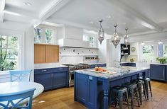 Eclectic Kitchen by Meriwether Inc Classic Kitchen Cabinets, Gloss Kitchen Cabinets, Custom Kitchen Cabinets, Custom Kitchens, Kitchen Cabinet Design, Wood Cabinets, Kitchen Backsplash, Kitchen Furniture, Cool Kitchens