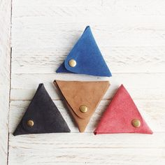 Handmade genuine leather coin purses by Papemelroti