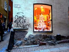 "Street Art of North: Street Art in Stockholm will last thousand years.... There´s place called Hell in Prästgatan, in Gamla Stan, old town of Stockholm. Here´s runestone from circa 1070-1100 and klotter ( december 2016), graffiti, tag. Or should i say tags.  "" In the corner of Prästgatan and Kåkbrinken is a runestone in the wall, carrying the inscription ""Torsten and Frögunn had the stone erected after their son."" Helvetesgränd (""Alley of Hell""), Helvetet (Hell)"