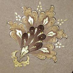 Likes, 27 Kommentare - Müzehhibe # İllumination artist ( . Calligraphy Drawing, Islamic Calligraphy, Calligraphy Alphabet, Islamic Art Pattern, Pattern Art, Disney Drawing Tutorial, Easy Flower Painting, Illumination Art, Celtic Art