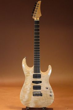 Marchione Guitars[マルキオーネ ギターズ] Carve Top 1pcs Figured Maple Body/Natural 2015|詳細写真