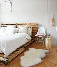 Try these 100 DIY pallet bed frame ideas to Inspire your daily pallet wood recycling to make easy pallet projects! Try to get free pallets to make your bed! Bed Furniture, Pallet Furniture, Furniture Ideas, Cheap Furniture, Industrial Furniture, Office Furniture, Antique Furniture, Industrial Style, Industrial Design