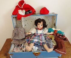 Doll Ideal Toni 6-90 Vintage 1950's With Trunk & Clothing
