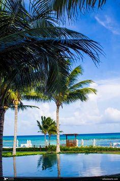 Теплый солнечный вечер идеален для отдыха в компании друзей... http://rivieramaya.grandvelas.com/russian/