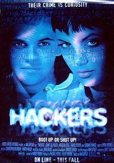 """Ver película Hackers online latino 1995 VK gratis completa HD sin cortes audio español latino online. Género: Thriller, Suspenso Sinopsis: """"Hackers online latino 1995 VK"""". """"Piratas informáticos"""". Zero Cool, de nombre Dadee Murphy, es una leyenda entre los d"""