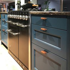 The stylish applications for this kitchen cabinet pulls are unlimited! Fits All Furniture ✓ No Minimum Order ✓ Handmade in Germany ✓ Invisible attachment ✓ Kitchen Drawer Pulls, Kitchen Cabinet Handles, Drawer Handles, Kitchen Cabinets, Cabinet Hardware, Furniture Handles, Leather Furniture, Unique Furniture, Luxury Furniture