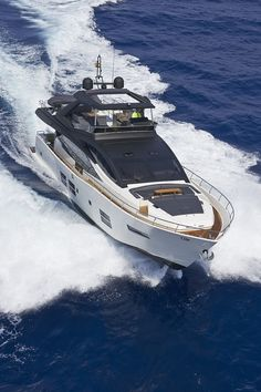 The handsome, muscular exterior on this flybridge is standard, but the interiors are owner's choice… Speed Boats, Power Boats, Luxury Yachts, Luxury Boats, Yacht World, Easy Jet, Shrimp Boat, Deck Boat, Yacht Interior