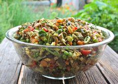 http://www.acanadianfoodie.com/2011/08/23/prairie-garden-summer-salad/
