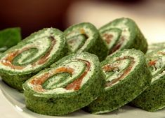 Спаначено руло с пушена сьомга / Spinach roll with smoked salmon