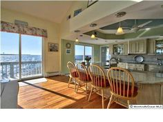 Jersey Shore Vacation Rentals: Seaside Park Spectacular Bayfront