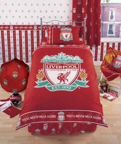 Liverpool FC LFC You'll Never Walk Alone Border & Crest Single Bed Bedding Set for sale online Liverpool Badge, Liverpool Football Team, Boys Bedroom Ideas 8 Year Old, Bedroom Kids, Liverpool You'll Never Walk Alone, Football Bedroom, Designer Bed Sheets, Liverpool Wallpapers, Soccer
