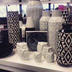 Black & white accessories #HunterFurniture for #furniturehunters