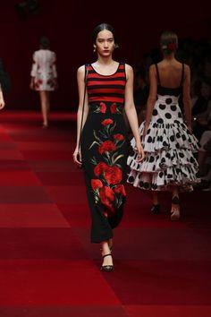 Dolce & Gabbana Summer 2015 Womens Fashion Show