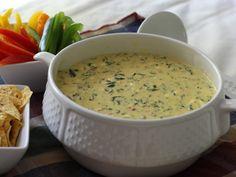 Espinaca Dip - Jose Peppers' knock off - my post pinned recipe! #espinaca dip #appetizer #dip #cheese