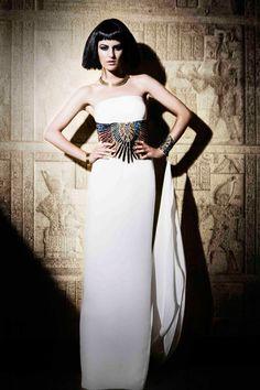 Zaeem Jamal presents stunning Ancient Egyptian collection at Rivaage » La Moda Dubai fashion website%