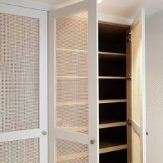 Bedroom Closet Design, Bedroom Wardrobe, Wardrobe Doors, Recycled House, New Home Wishes, Upstairs Bedroom, New Home Designs, Awesome Bedrooms, Dressing