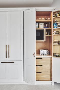 25 Small Kitchen Decor Ideas On a Budget to Maximize Existing the Space For toaster, kettle, mixer or coffee? Could have tea and coffee stored on door Kitchen Cabinet Organization, New Kitchen Cabinets, Cupboard Storage, Kitchen Flooring, Diy Kitchen, Kitchen Storage, Kitchen Decor, Cabinet Ideas, Kitchen Ideas