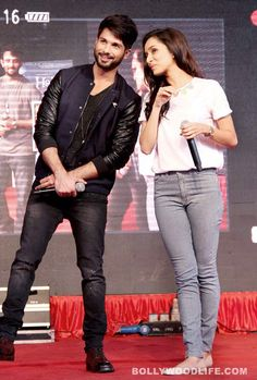 Shraddha Kapoor and Shahid Kapoor's adorable PDA while promoting Haider.