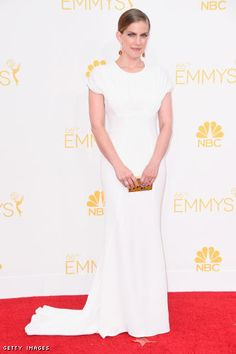 Anna Chlumsky in a Zac Posen gown, Paul Andrew shoes, and an Lanvin clutch