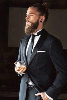 27 Grooms That Rock A Man Bun In A Stunning Way   HappyWedd.com #PinoftheDay #grooms #rock #man #bun #stunning #way