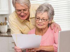 seniori, dôchodcovia, list, počítač, dôchodok, účet, účty, poistenie, zmluva Polaroid Film
