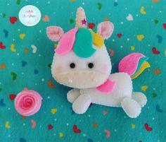"""46 curtidas, 1 comentários - Ateliê La Chique (@atelielachique) no Instagram: """"#bomdia !! Da pra aguentar tanta fofura?? Mais um unicórnio fofo por aqui  #unicornio #unicorn…"""""""