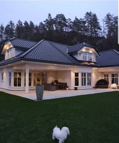 30 Most Popular Dream House Exterior Design Ideas 11 - homeexalt Dream Home Design, Modern House Design, Metal Building Homes, Building A House, Modern Exterior, Exterior Design, Home Improvement Loans, Dream House Exterior, Metal Buildings