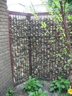 My Great Outdoors: Josh & Heather's DIY Gabion Fence | Apartment Therapy