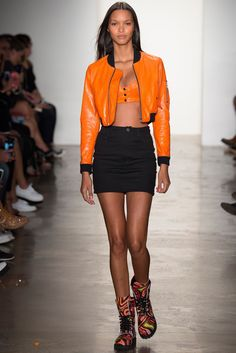 Jeremy Scott Spring 2015 Ready-to-Wear Fashion Show - Charlotte Free