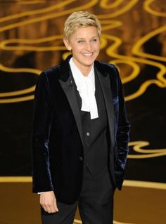 OSCARS 2014 - Ellen DeGeneres in Saint Laurent.jpg