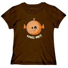 Een T-shirt met de tekst Hug Me maken!