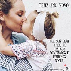 O SOU MÃE gostaria de agradecer a cada mãezinha e futura mãezinha que nos acompanharam ao longo deste ano de 2016! Muito obrigada pela parceria e amizade! A cada dia queremos estar mais conectadas com vocês sendo um canal de informação sobre a maternidade construído com muito amor e respeito!  Desejamos a todas vocês que 2017 seja um ano cheio de bençãos de boas novas de expectativas de muito amor envolvido nessa jornada da maternidade aonde você sabe que não está sozinha estamos com você…