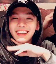 he's such a cutieee TT-TT Choi Hyunsuk Yoshi, Hyun Suk, Survival, Treasure Boxes, Yg Entertainment, Boyfriend, Idol, Wattpad, Fangirl