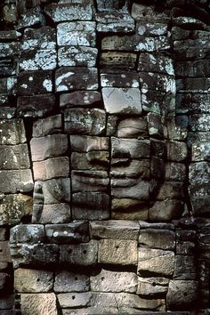 Angkor Wat, Cambodia, 1999 - Steve McCurry