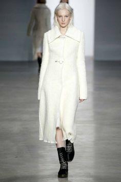 Calvin Klein Collection ready-to-wear autumn/winter '14/'15 gallery - Vogue Australia