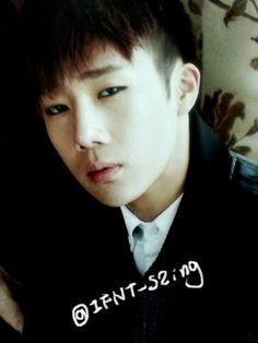 [PIC] #인피니트 for Vogue Girl Magazine September Issue - Sunggyu by IFNT_S2ing pic.twitter.com/FVQ3uJg0nG