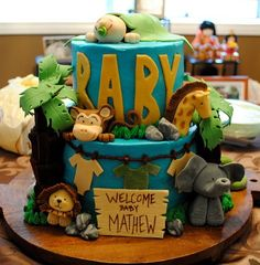 baby safari cake ~ leave everyone going awww over this cute cake for a boys BDay party!