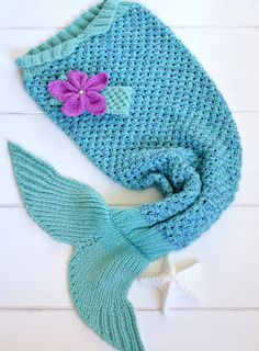 KNITTING PATTERN Mermaid Tail Blanket 6 sizes 2/3yrs, 4/5yrs 6/7yrs, 8/9yrs, 10/11yrs, 12/13yrs, with Matching Headband  Digital fil