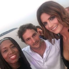 A few #selfies from our trip to #montecarlo in honor of #nationalselfieday. Who's got the best selfie game? #selfie #cast #Absentia #AbsentiaAxN #AbsentiaFam #tvseries #newshow #FTV17 #monaco #stanakatic #sonypictures @drstanakatic #odedruskin @busbykat @theneiljackson @angelbonanni33 @cara_theobold @heusinger