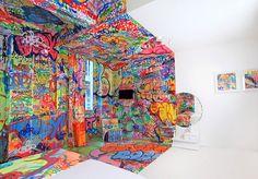 AD-Unusual-Themed-Hotels-19-1    Half Graffiti Room, Marseille, France