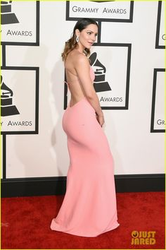 katharine mcphee grammys 2015 debut 05 Katharine McPhee shows some skin in a revealing pink dress at the 2015 Grammy Awards held at the Staples Center on Sunday (February 8) in Los Angeles.