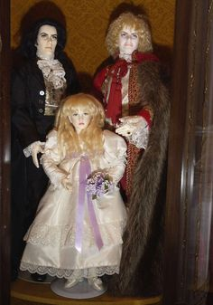 21 best images about Vampire Dolls on Pinterest | Barbie dolls ...