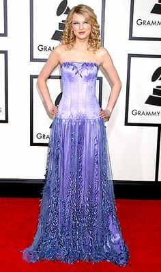 Taylor Swifts Red Carpet Style Evolution: February 2008