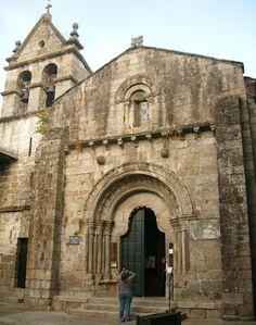 Iglesia de San Juan en Ribadavia Carolingian, Historical Architecture, Romanesque, Kirchen, Notre Dame, Barcelona Cathedral, Buildings, Spain, Places To Visit