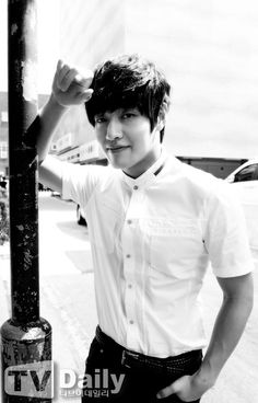 Kang Ha Neul Kang Haneul, Kdrama, Chef Jackets, Men Casual, Kpop, Actors, My Favorite Things, Face, Mens Tops
