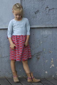 Schnitt: Brooklyn Dress by Made for Mermaids Stoff: Sommersweat 'Zweiherz' in Redcoral von Raxn  Punktejersey von Stoff&Stil (leider nicht mehr verfügbar)