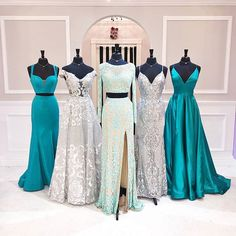 Just be yourself! Let people see the real imperfect flawed quirky weird bea Cute Prom Dresses, Prom Outfits, Gala Dresses, Beautiful Prom Dresses, Event Dresses, Dance Dresses, Pretty Dresses, Homecoming Dresses, Dress Outfits