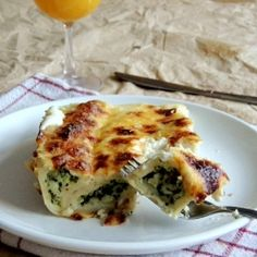 Baked pancakes with spinach and fresh cheese (in Croatian)