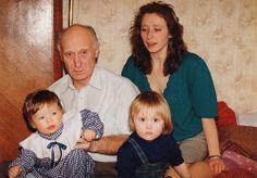Papa, Liza, Nastya, Dasha 1994